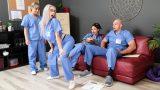 Hastanede Kaosa Yaratan Azgın Hemşire Yarak İstiyor