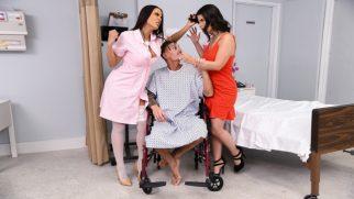 Sevgilisiyle Seksi Hemşirenin Arasında Kalan Şanslı Numaracı