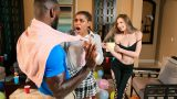 Partinin Orospu Kızını Tercih Edip Sevgilisini Terk Ediyor
